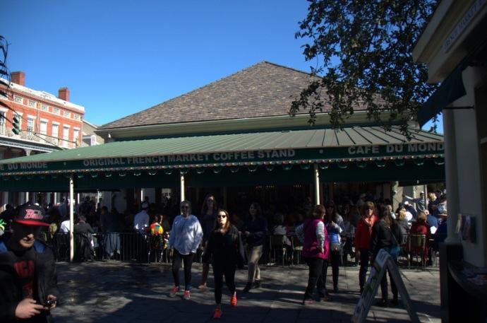Cafe Du Monde - famous beignets